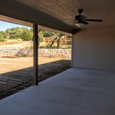 1402 Adam Ave, Burnet, TX - Garage
